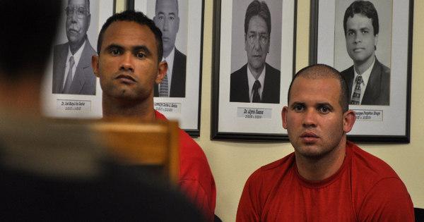 Cúmplice de goleiro Bruno pode deixar prisão em abril - Fotos - R7 ...