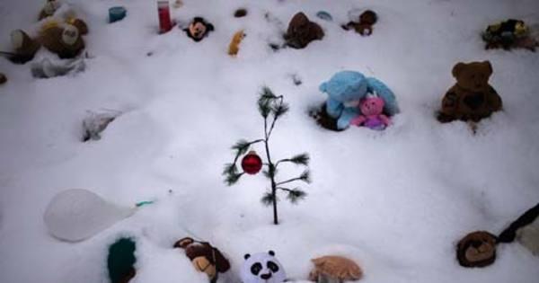 Sobrecarregada, Newtown pede fim das doações após massacre ...