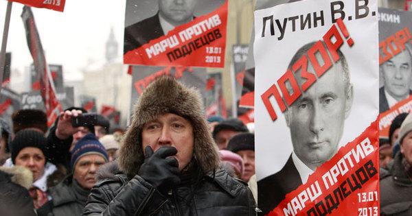 Russos protestam contra proibição de adoção por norte-americanos ...