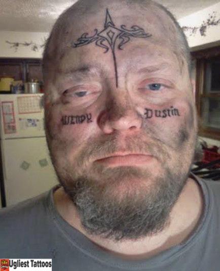 Reprodução/Ugliest Tattoos