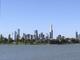 Melbourne, na Austrália, é cercada por mares lindos e está localizada em um dos paraísos do surf. Mas porincrívelque pareça, ela foi classificada em quinto lugar graças a seus shopping centers, quesito valorizado pela pesquisa da empresa norte-americanaGFK Custom Research