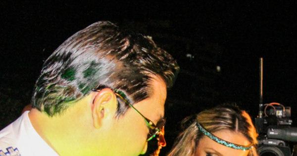 PSY agita o Carnaval de Salvador com Claudia Leitte - Fotos - R7 ...