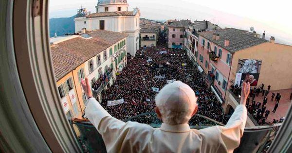 Ex-papa descansa enquanto cardeais se preparam para conclave ...