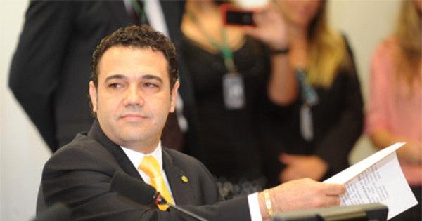 Após reunião, PSC decide manter Marco Feliciano na presidência ...
