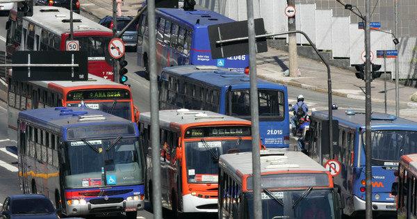 Motoristas de ônibus fazem paralisação das 10h às 12h nesta ...