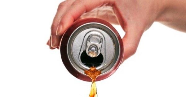 Com moderação, refrigerante pode ser consumido sem causar mal ...