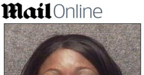 Jovem é presa e processada nos EUA por usar biquíni fio dental ...