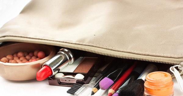 Aprenda montar seu kit básico de maquiagem - Fotos - R7 Moda e ...