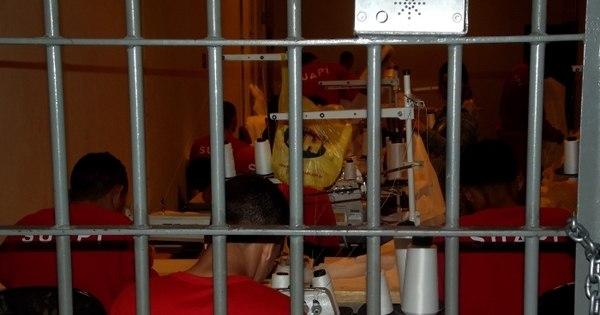 R7 entra na única penitenciária privada do Brasil e mostra o dia a ...