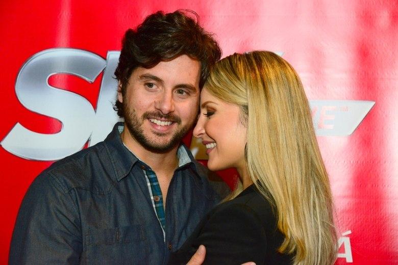 Márcio Pedreira é marido de Claudia Leitte desde 2007. Poucos sabem, mas eles estudaram juntos na adolescência. Porém, na época, nada aconteceu, apesar de Claudinha já admirar Márcio naquela época. Além de ser o amor da vida da cantora, Marcio é quem administra a carreira da estrela do axé