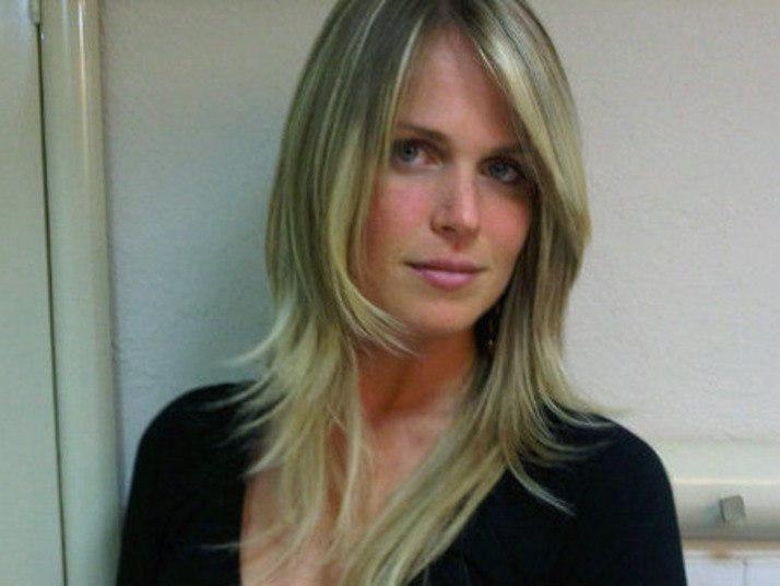 O arqueiro do Queens Park Rangers é casado com a bela loira Susana Werner