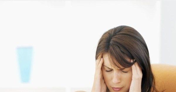 Saiba quando dor de cabeça pode ser risco de aneurisma cerebral ...