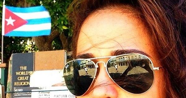 "Nanda Costa posa nua em Cuba e avisa: ""Foi lindo ..."