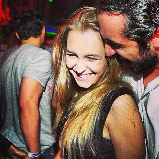 Entre um trabalho e outro, Carla Diaz passou uns dias em São Paulo e  conheceu o empresário Felipe Lombardi, de 22 anos. Os dois já postaram várias fotos juntos em clima de romance. Mesmo assim, a atriz desconversa quando o assunto é namoro