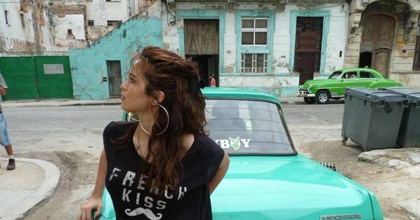 Nanda Costa aparece em nova foto dos bastidores da Playboy ...