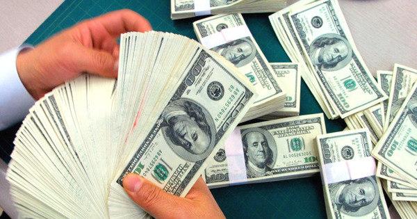 Dólar sobe e fecha a semana cotado a R$ 3,52 - Notícias - R7 ...
