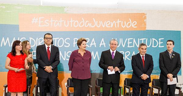 Em recado ao Congresso, Dilma volta a defender royalties do ...