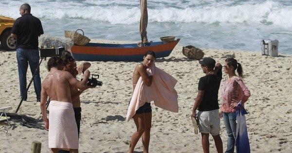 José Loreto e Débora Nascimento gravam com pouca roupa no RJ ...
