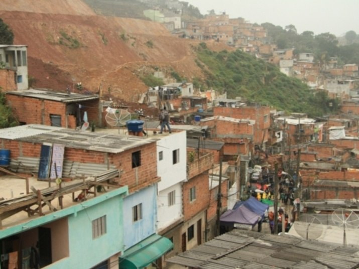 8º lugar – Deslizamentos de terra (12%)