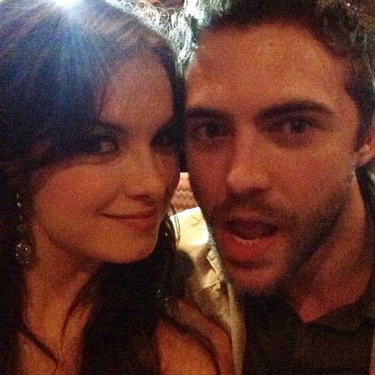 Lua Blanco se divertiu com o namorado Fernando Roncato, que fez caras e bocas para a câmera