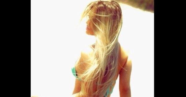 """Carol Belli posta foto """"caliente"""" nas redes sociais - Entretenimento ..."""