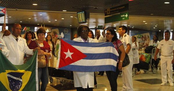 Ministério da Saúde define hoje o destino de médicos cubanos ...