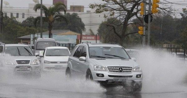Enchentes atingem 21 municípios no Rio Grande do Sul - Notícias ...