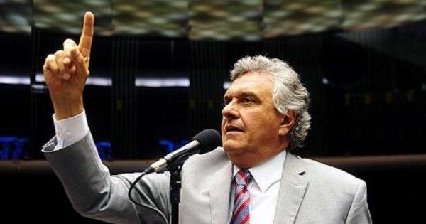 Oposição acusa governo de trocar emendas por votos do ...