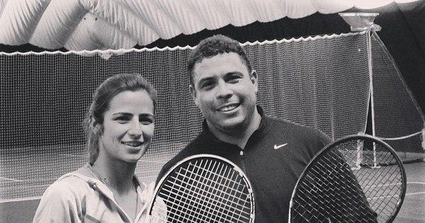 Paula Morais e Ronaldo se divertem jogando tênis - Entretenimento ...
