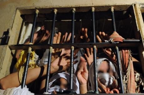 População carcerária cresce 74% em cinco anos no Ceará
