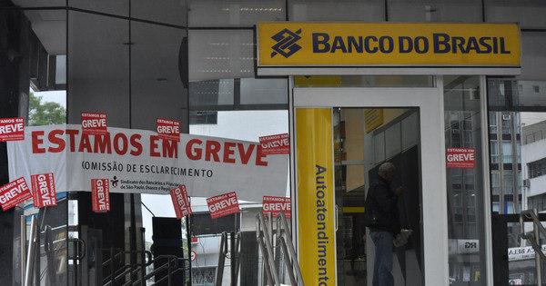 Bancários entram em greve amanhã por tempo indeterminado ...