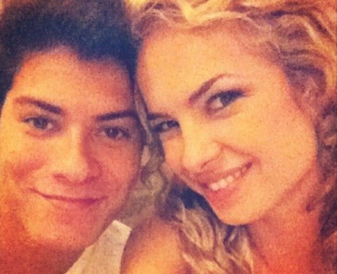 Hoje em dia, Arthur namora a atriz Giovanna Lancellotti e Lua namora Fernando Roncato, mas muitos fãs ainda torcem para que eles fiquem juntos novamente