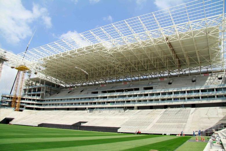 O torcedor ficará protegido pela cobertura na Arena Corinthians