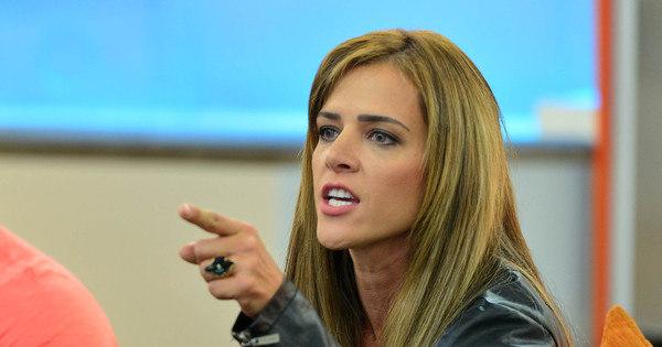 "Denise Rocha admite consumo de remédios tarja preta: ""Antes ..."