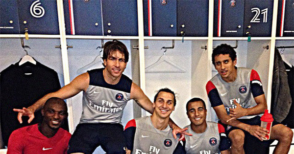 Com amigos do PSG, Lucas ressalta companheirismo em equipe ...