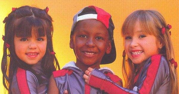 Saiba por onde andam as crianças do grupo Mulekada - Fotos - R7 ...