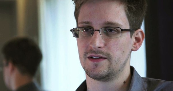 História de Edward Snowden vira filme - Pop - R7 Cinema