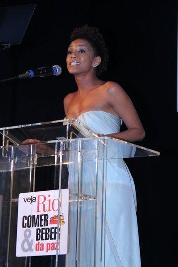 A atriz foi mestre de cerimônias do evento