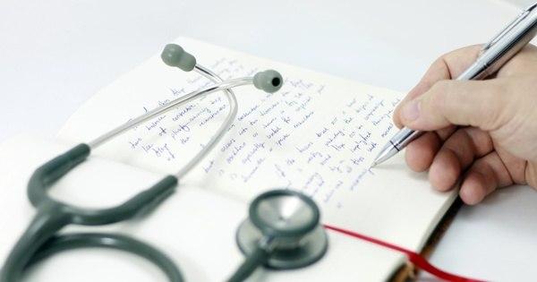 Quase metade dos médicos recém-formados são reprovados em ...