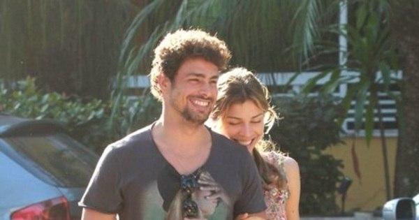 Divórcio custa caro! Cauã e Grazi perdem contrato publicitário após ...
