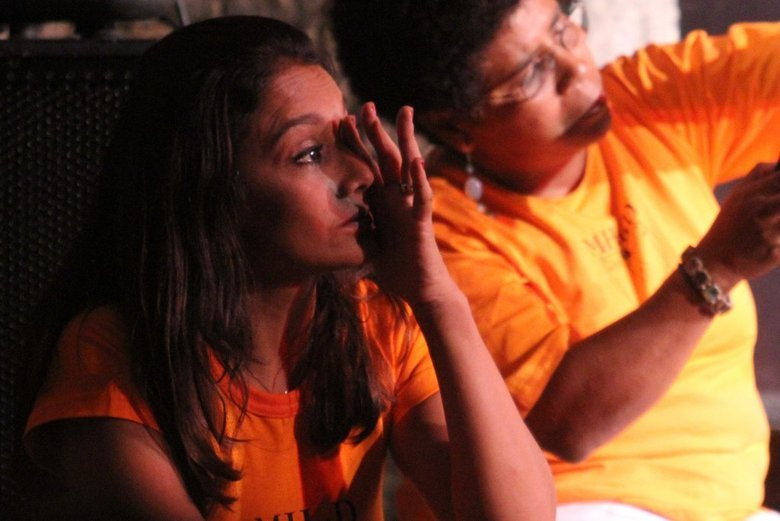 Dira Paes se emocionou durante debate em comemoração aos dez anos do Movimento Humanos Direitos, na Casa de Cultura Laura Alvim, em Ipanema, no Rio de Janeiro, na noite de segunda-feira (9)
