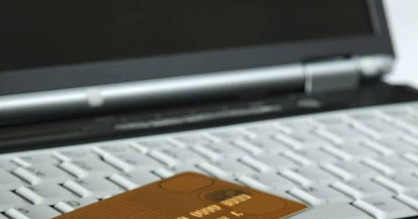 Compras de até US$ 50 em sites do exterior estão livres de imposto ...