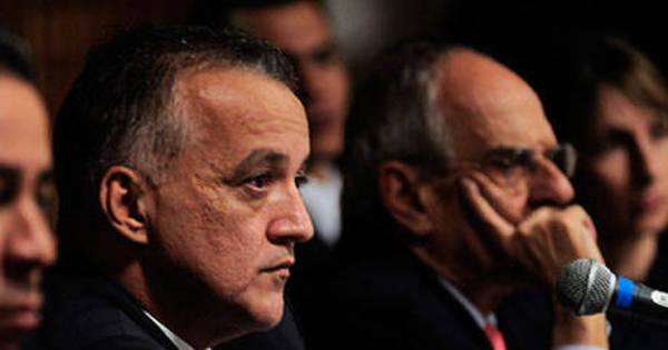 Justiça manda soltar Fernando Cavendish e Cachoeira - Notícias ...