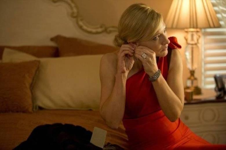 Cate BlanchettNova musa do cineasta Woody Allen, Blanchett rouba a cena em Blue Jasmine e deve ser indicada ao Oscar de Melhor Atriz. A complexa personagem muda muito de estilo e humor ao longo do filme e a atriz acompanha tudo com maestria