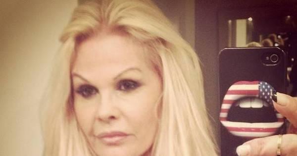 """Monique Evans faz desabafo nas redes sociais: """"Ô aninho sofrido ..."""
