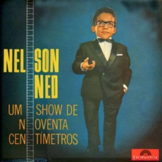 Seu primeiro álbum se chamava Um Show de Noventa Centímetros. O cantor ficou bravo, pois tinha mais de 1 m de altura, mas os executivos da gravadora achavam que o título chamaria mais atenção dessa forma