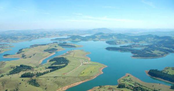 Sabesp admite possível racionamento de água em SP - Notícias ...