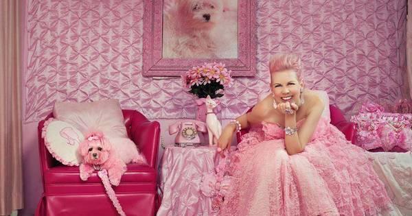 Penélope Charmosa da vida real é viciada e só usa cor-de-rosa há ...