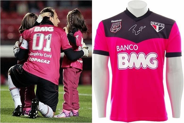No São Paulo, o rosa apareceu em 2013 no uniforme do goleiro e ídolo do time, Rogério Ceni. O uniforme foi lançado para celebrar os 100 gols do arqueiro com a camisa são paulinaSaiba tudo sobre esportes! AcesseR7.com/esportes