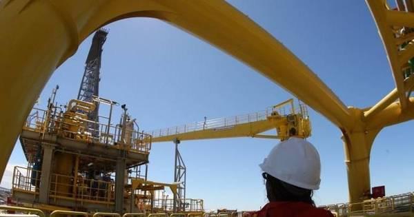 Lucro da Petrobras no 2º trimestre cai 20% para R$ 4,959 bi ...